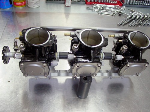 SXR 1100 carb service